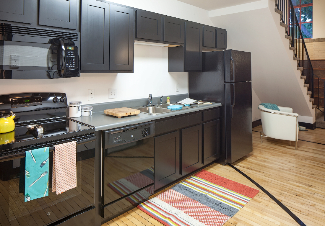Kitchen at 3 Point Apartments in Council Bluffs, IA