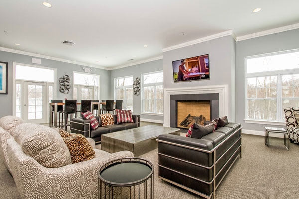 Two-Bedroom Apartments at Abbey Lane Apartments in Danbury, Connecticut