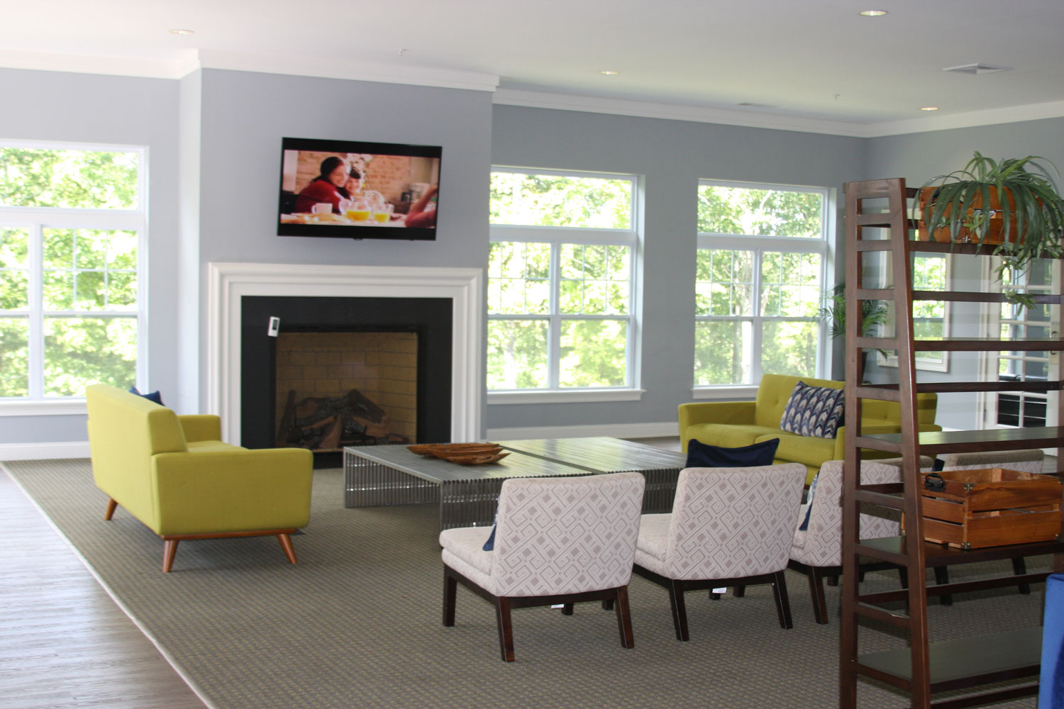 Community Lounge at Abbey Lane Apartments in Danbury, Connecticut