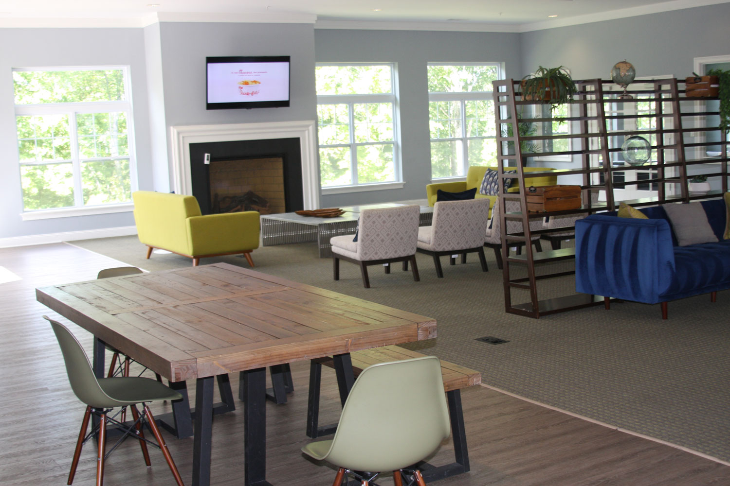 Wi-Fi Lounge at Abbey Lane Apartments in Danbury, Connecticut