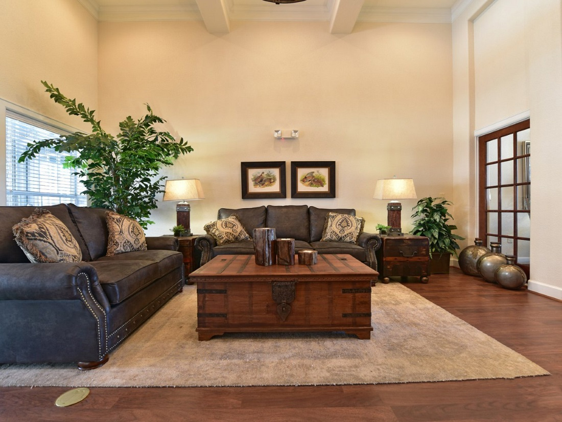 Interior of Living Room at the Aira at Rollingbrook Apartments in Baytown, TX