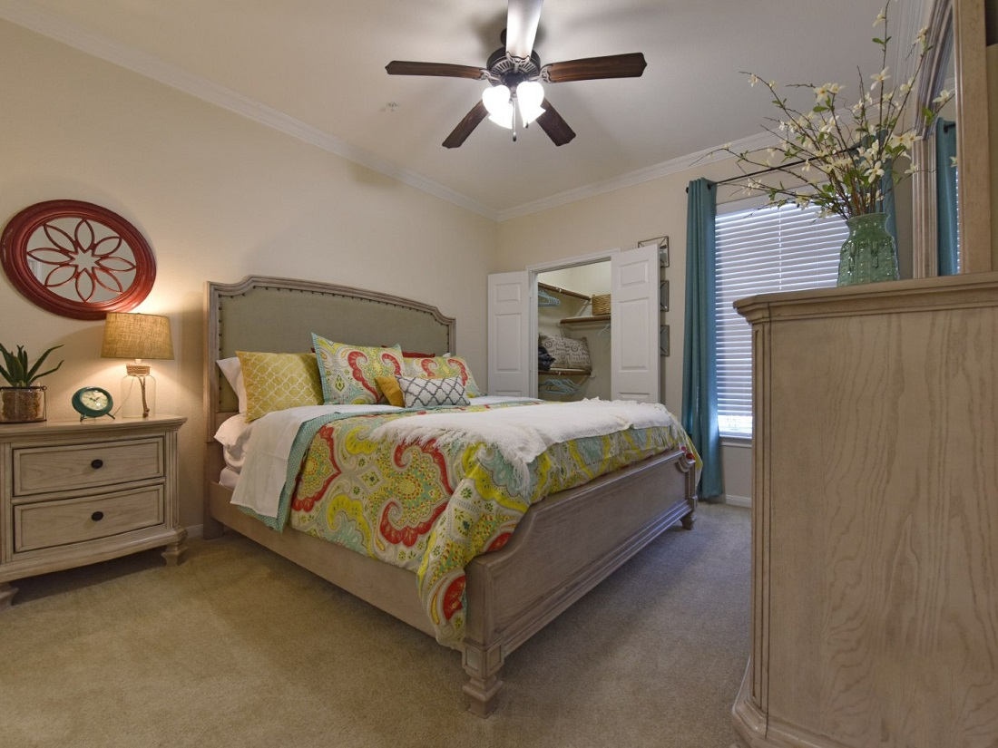 Bedroom Interior of the Aira at Rollingbrook Apartments in Baytown, TX