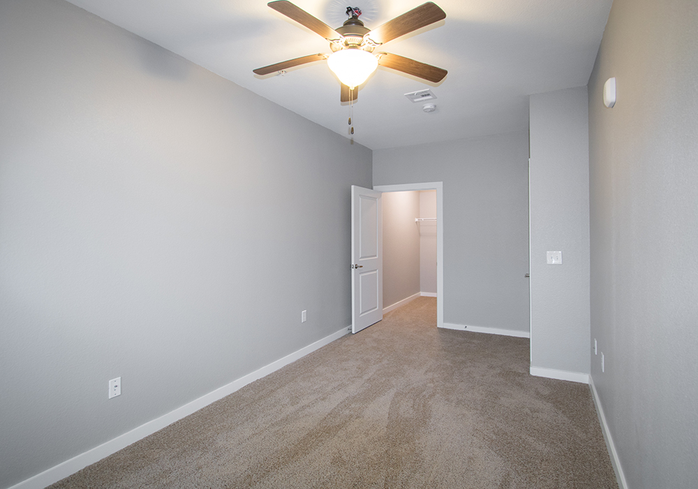 Two-Bedroom Apartments for Rent at The Residence at Alsbury Apartments in Burleson, Texas