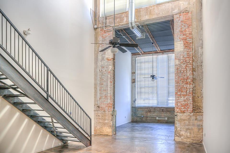 Floorplan - Loft 1000sf-1200sf image