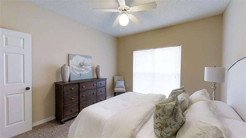 3-Bedroom Apartments for Rent at Appling Lakes Apartments in Cordova, Tennessee