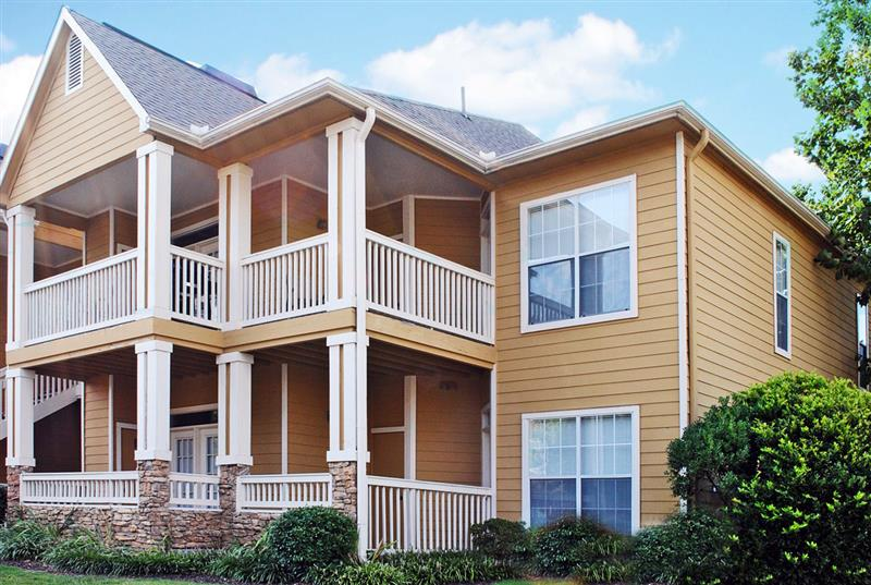 Cordova Apartment Rentals at Appling Lakes Apartments in Cordova, Tennessee