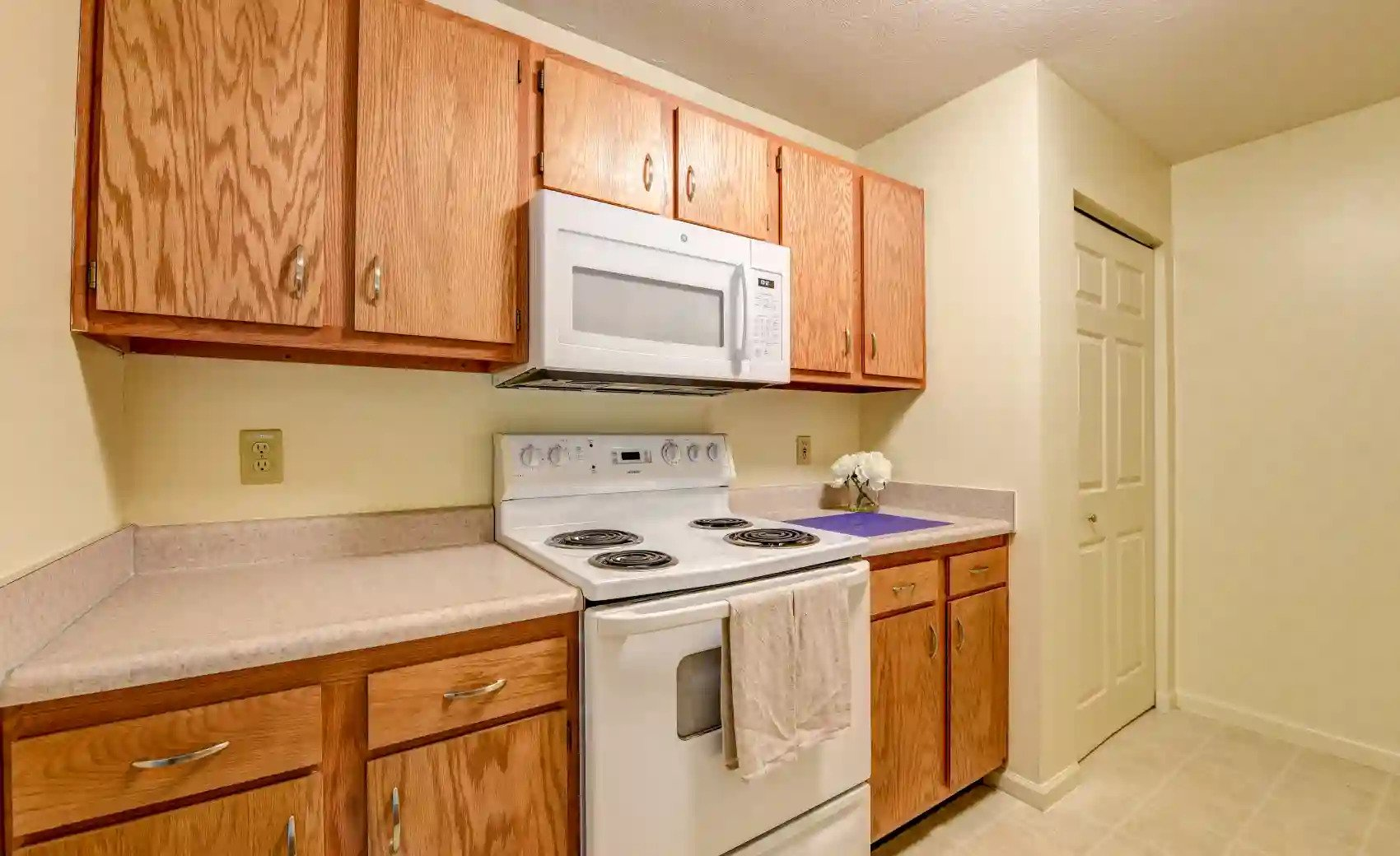 Wooden Cabinetry at Arbors of Lebanon Apartments in Lebanon, Ohio