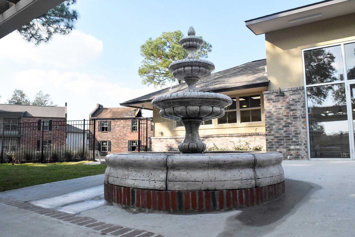 Serene Fountain at Ardendale Oaks Apartments in Baton Rouge, Louisiana