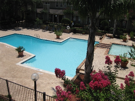 Swimming Pool at Ashford Court Apartments in Houston, Texas
