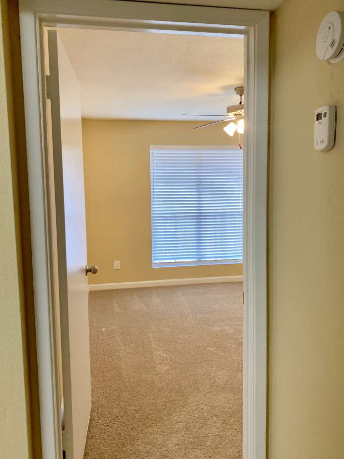 One Bedroom Apartments at Ashford Pointe Apartments in Houston, Texas