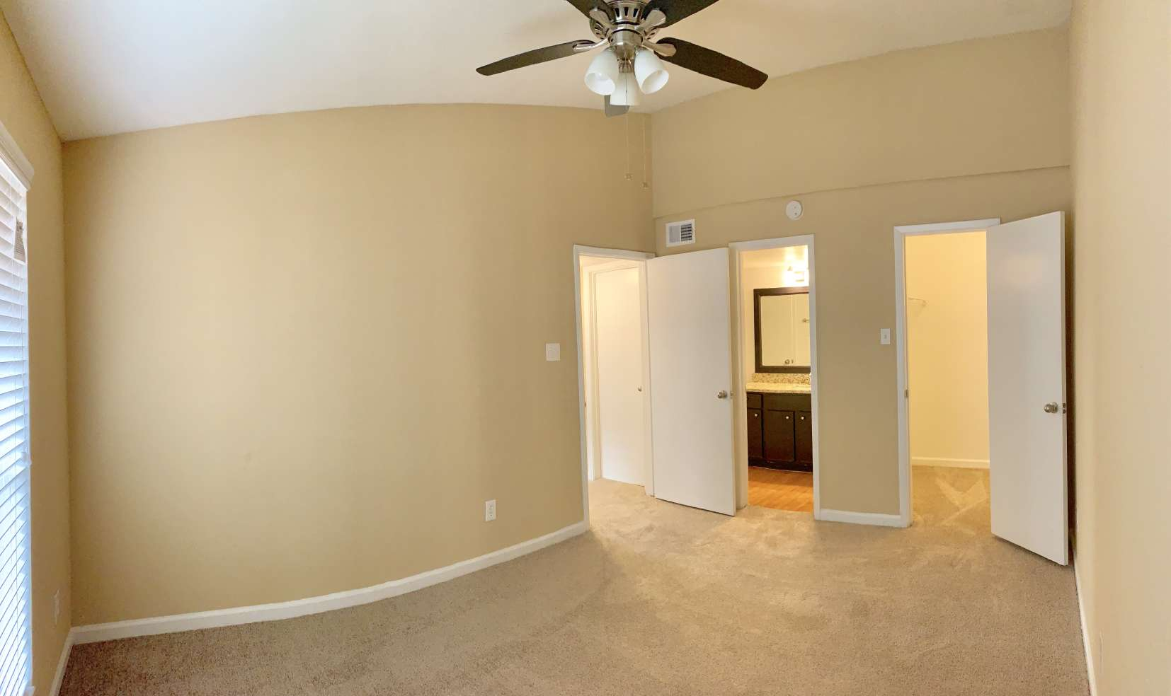Rooms with Ceiling Fan at Ashford Pointe Apartments in Houston, Texas
