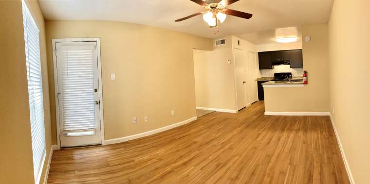 Spacious Floor Plan at Ashford Pointe Apartments in Houston, Texas