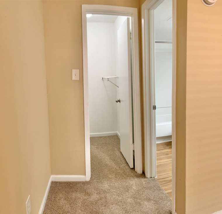 Two Bedroom Apartments at Ashford Pointe Apartments in Houston, Texas