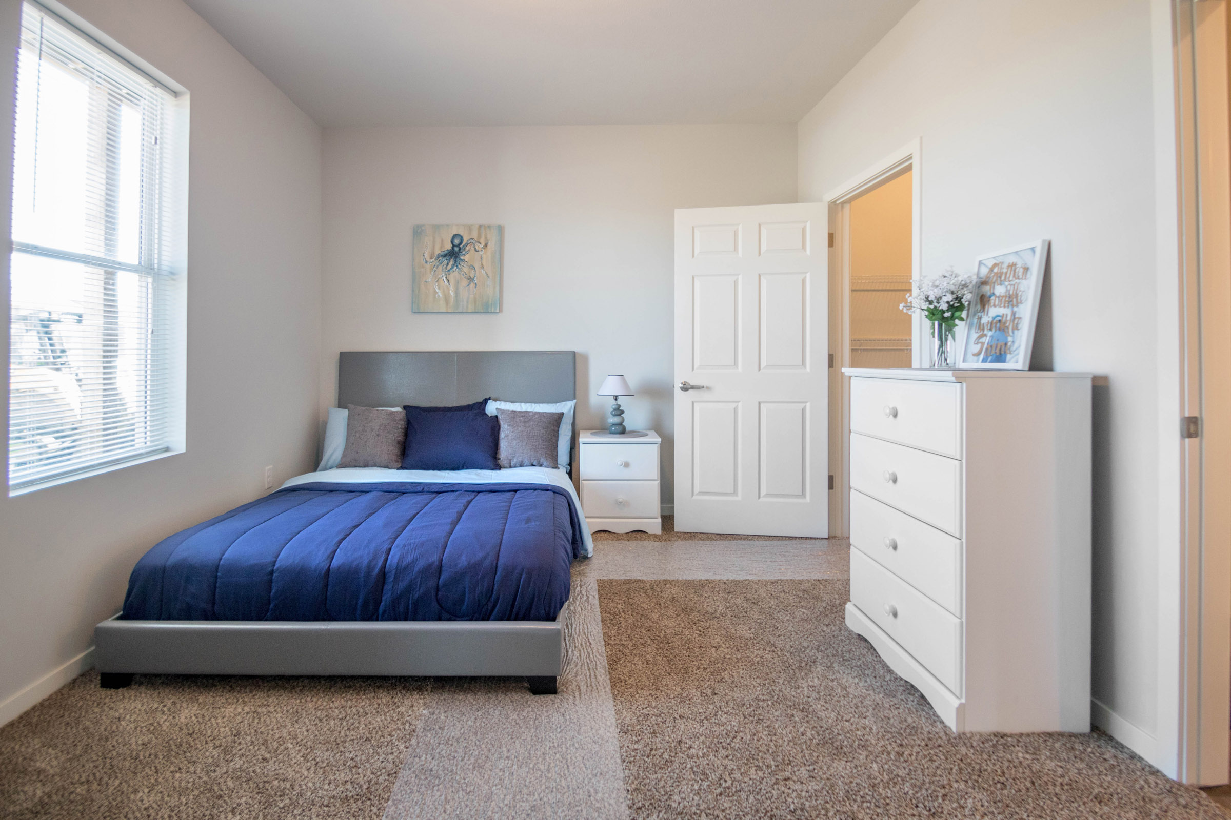 1-Bedroom Apartments at Aspen Grove Apartments in Omaha, NE