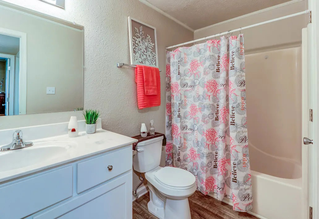 Bathroom with Vanity at Aspen Meadow Apartments in Hopkinsville, KY