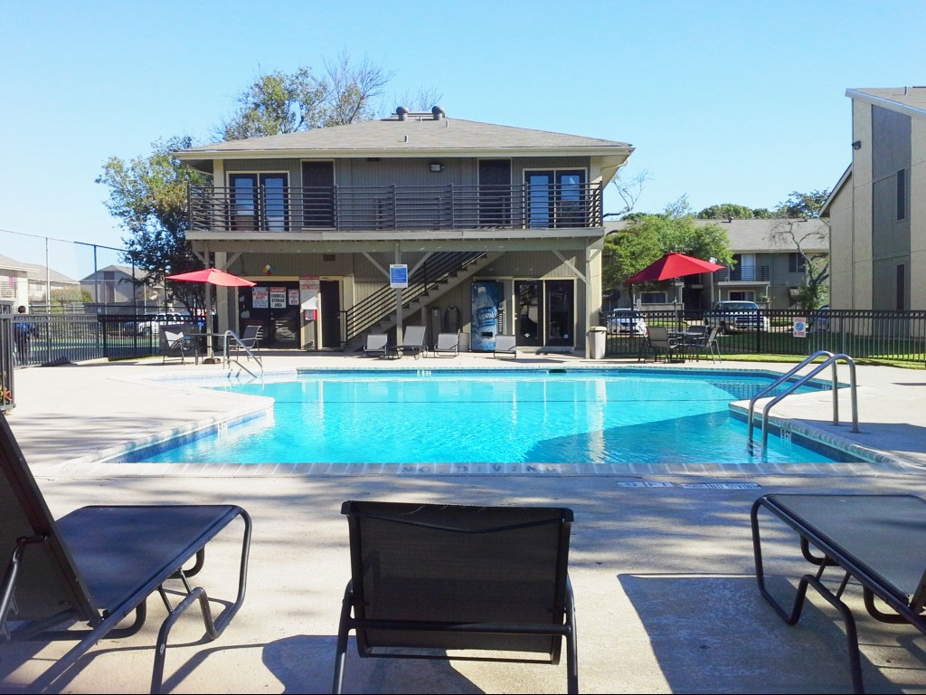 Pool Lounge Area at Aubry Hills Apartments in Austin, TX