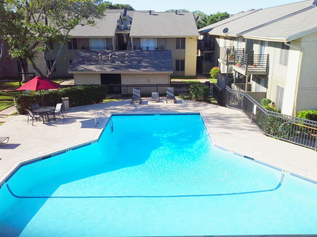 Aerial View of Swimming Pool at Aubry Hills Apartments in Austin, TX