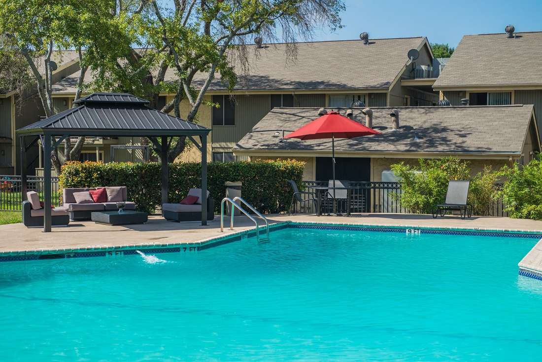 Outdoor Swimming Pool at Aubry Hills Apartments in Austin, TX