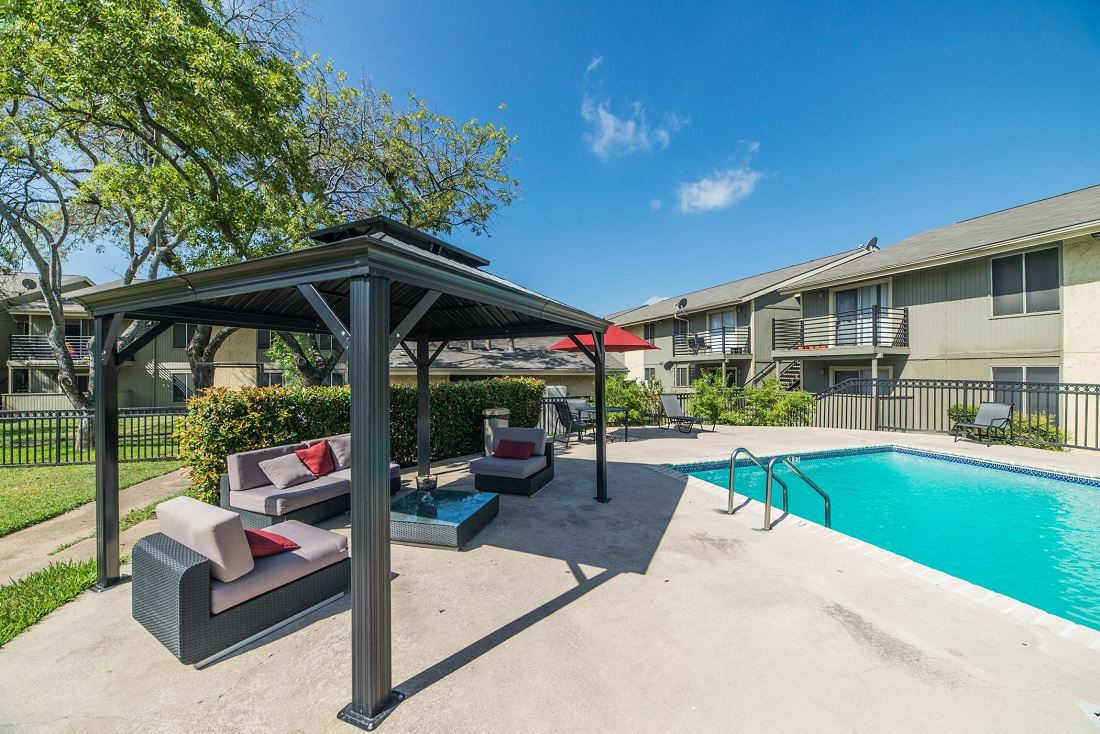 Outdoor Living Area at Aubry Hills Apartments in Austin, TX