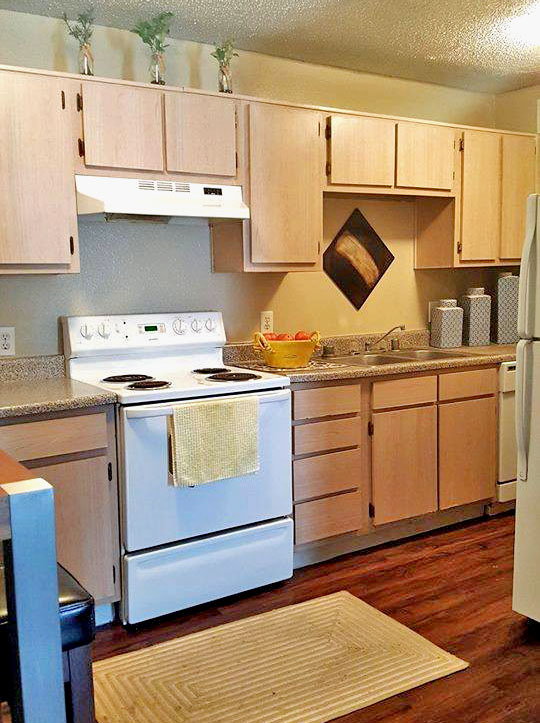 Fully Equipped Kitchen at Autumn Chase Apartments in Fort Worth, Texas