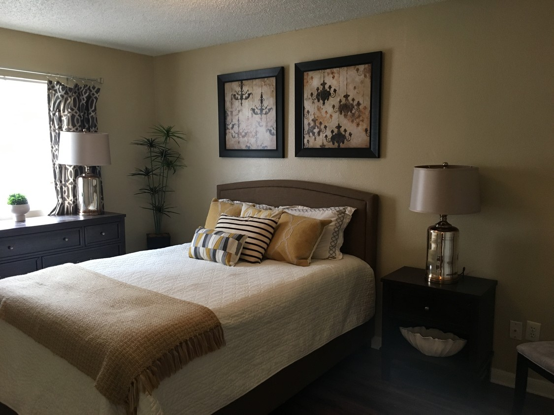 Recently Renovated Apartments at Autumn Chase Apartments in Fort Worth, Texas