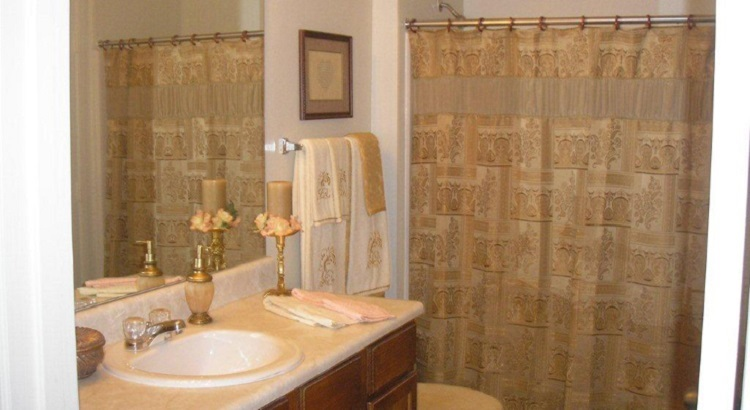Modern Bathroom Interior at the Aventine Apartments at Fort Worth, TX