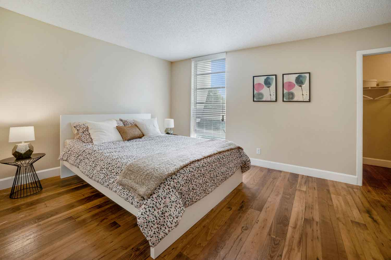1 and 2-Bedroom Apartments at Nottingham Pine Apartments in Plantation, FL
