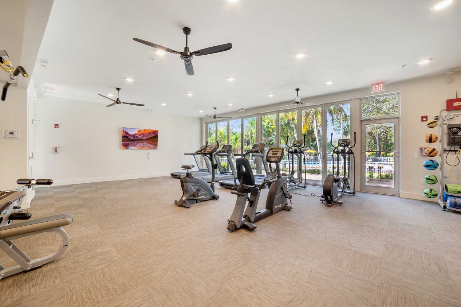 Fitness Center at Nottingham Pine Apartments in Plantation, FL