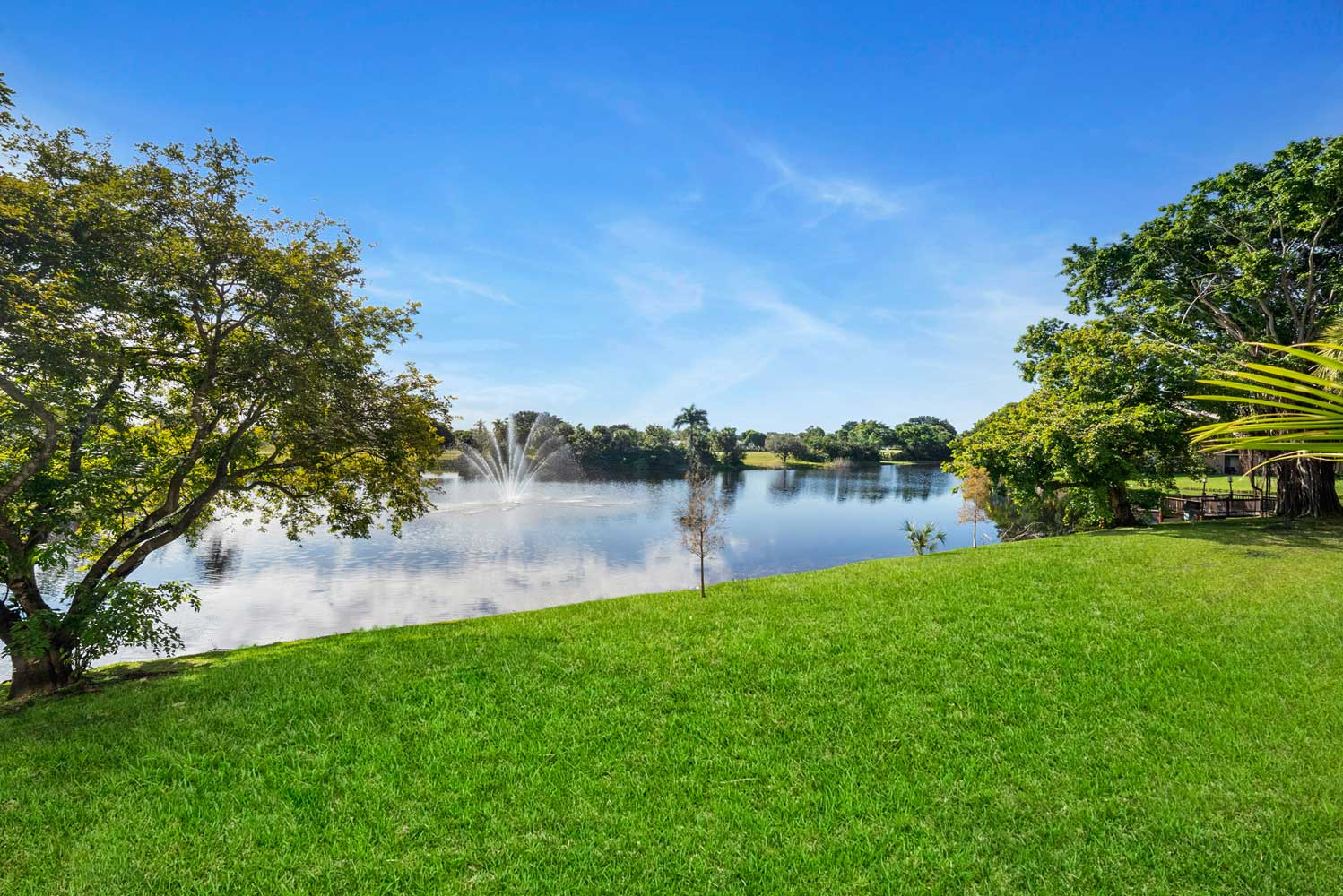 Lush, Open Green Spaces at Nottingham Pine Apartments in Plantation, FL