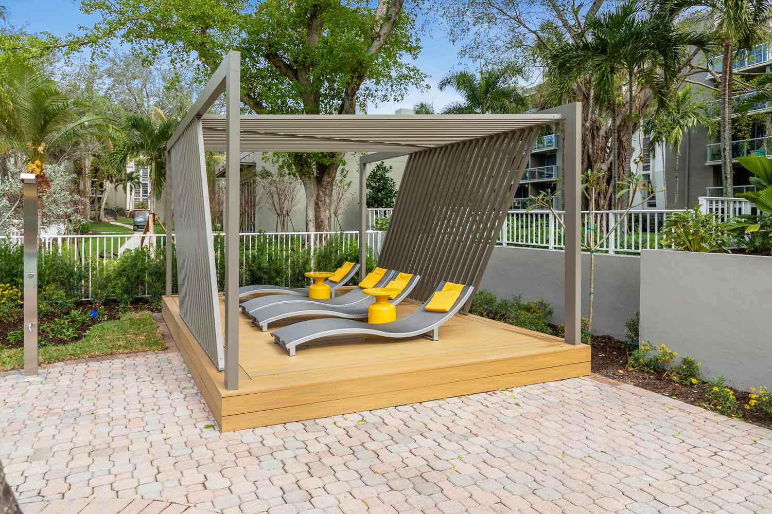Covered Cabanas at Nottingham Pine Apartments in Plantation, FL