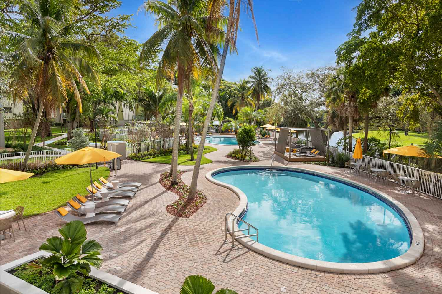 Sparkling Swimming Pool at Nottingham Pine Apartments in Plantation, FL