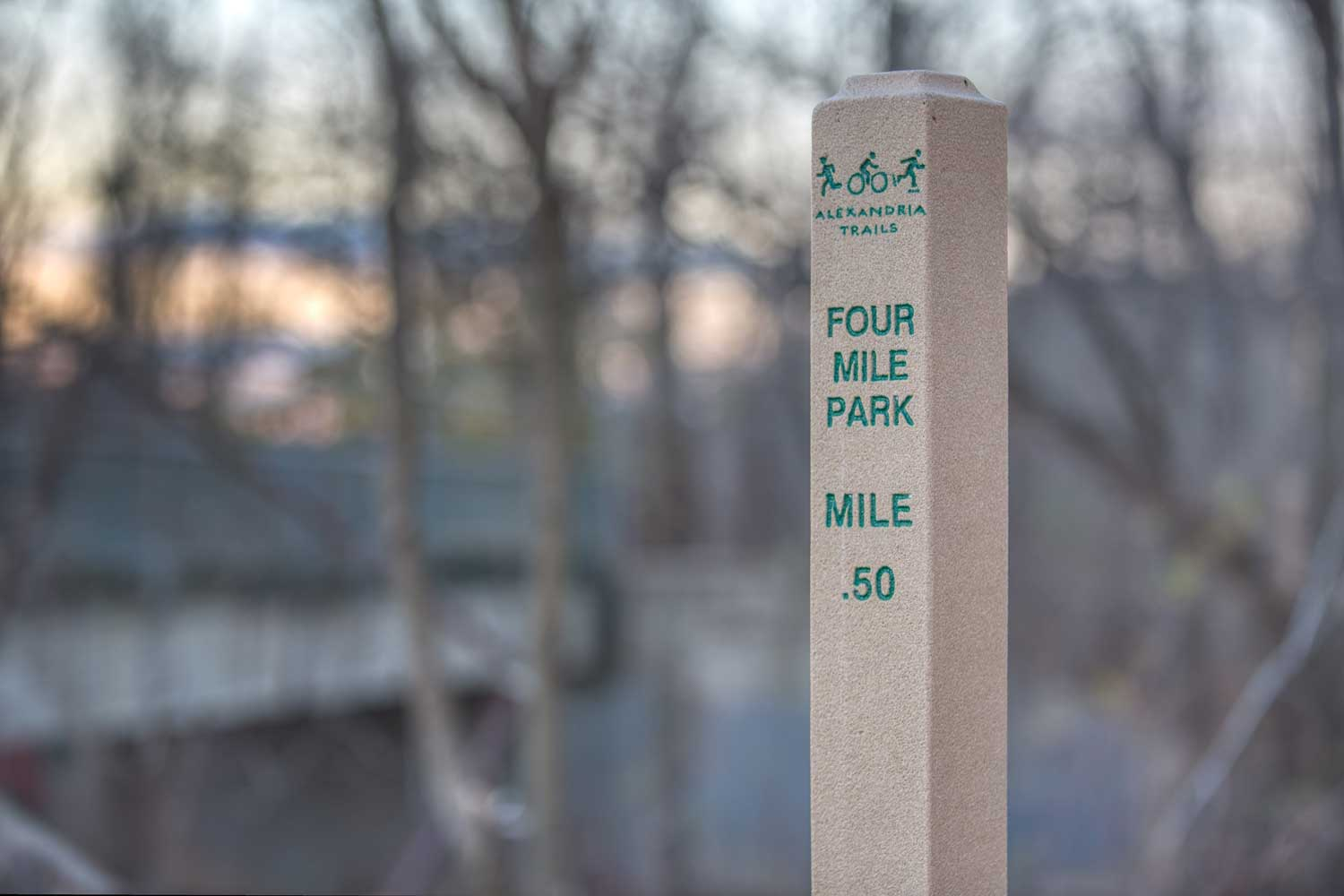 Four Mile Run Trail is 10 minutes from Barcroft Plaza Apartments