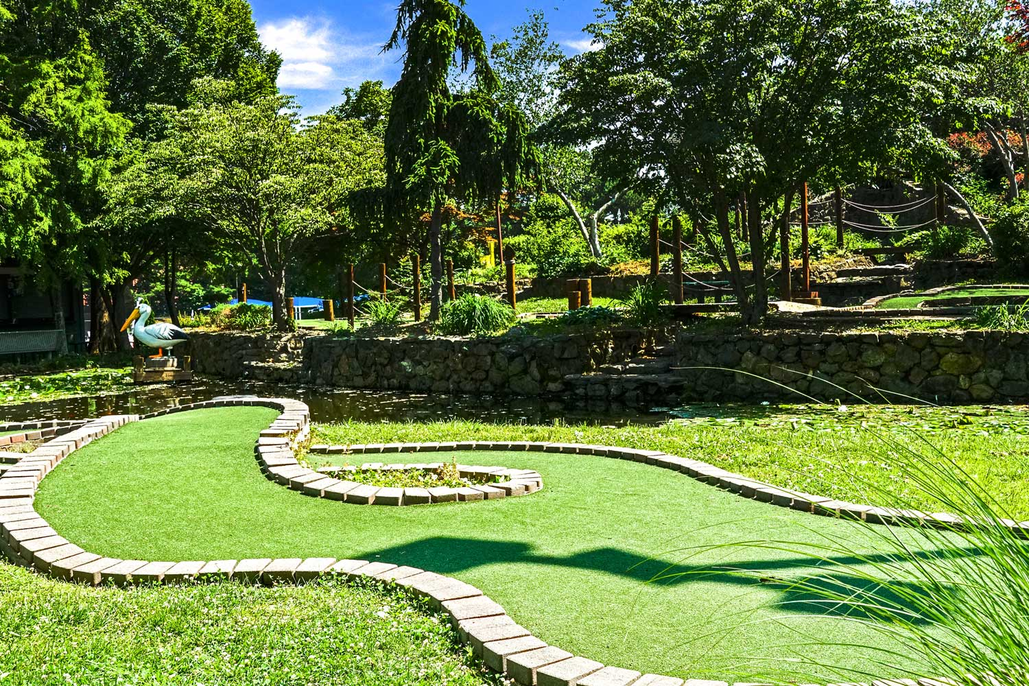 Miniature golf 10 minutes from Barcroft View Apartments in Falls Church, VA