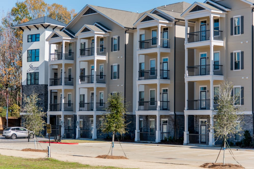 One Bedroom Apartments at The Reserve on Bayou DeSiard Apartments in Monroe, LA