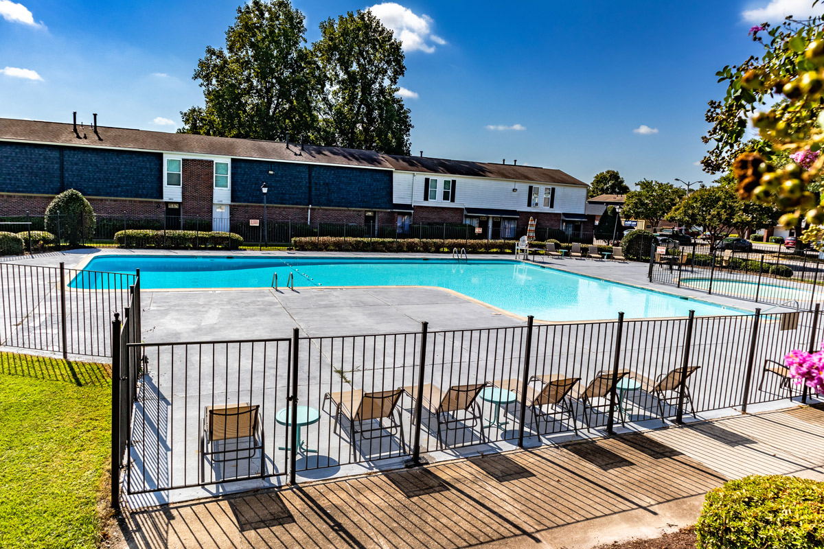 Pool with Lounge Area at BayPointe Crossing Apartments in Virginia Beach, Virginia