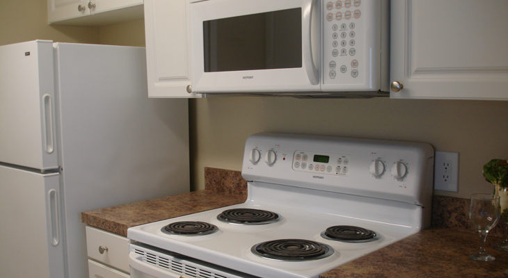 Kitchen at the Baywater Apartments in Tampa, FL