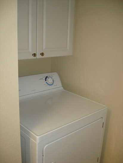 Laundry at the Baywater Apartments in Tampa, FL