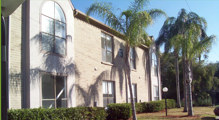 Building Exterior at the Baywater Apartments in Tampa, FL