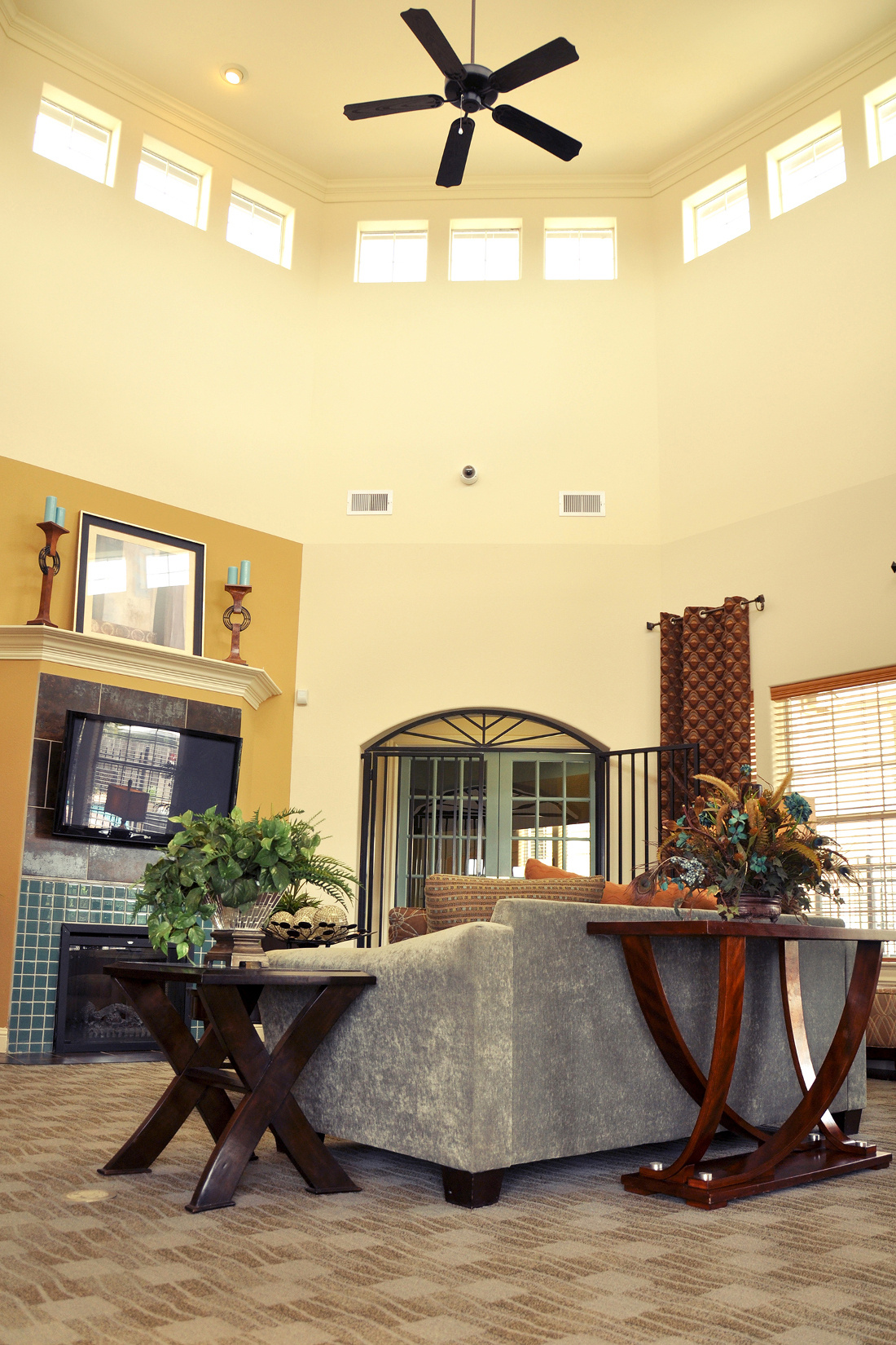 Vaulted Ceilings at Beaumont Trace Apartments in Beaumont, TX