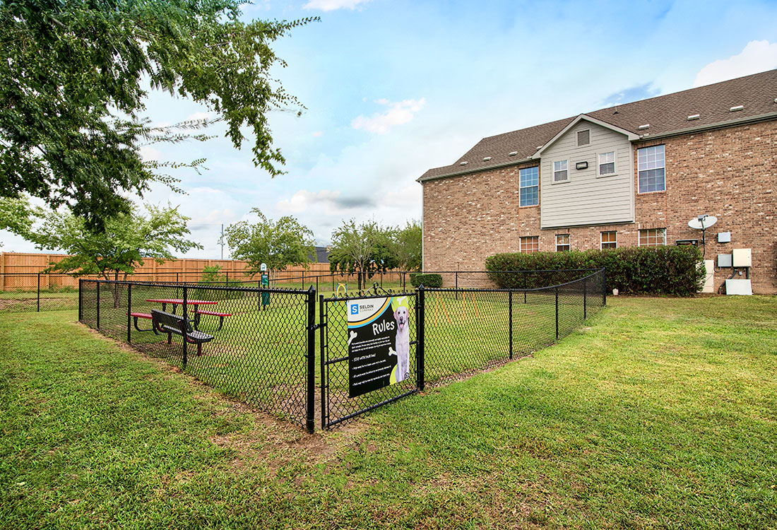 Dog Bark Park at Beaumont Trace Apartments in Beaumont, TX