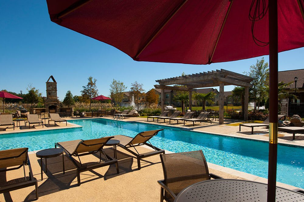 Sparkling Pool at The Boulders on Fern Apartments in Shreveport, LA