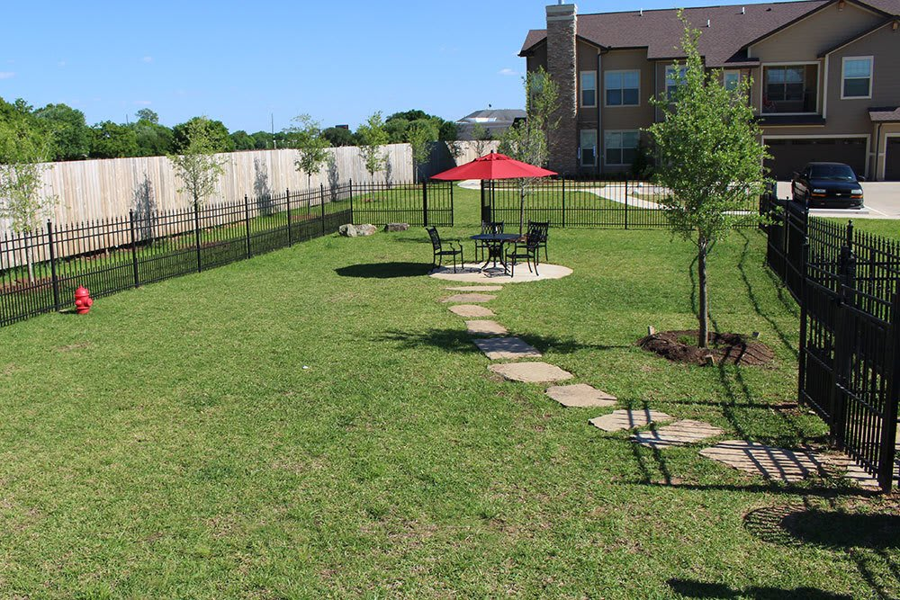 Pet Friendly at The Boulders on Fern Apartments in Shreveport, LA