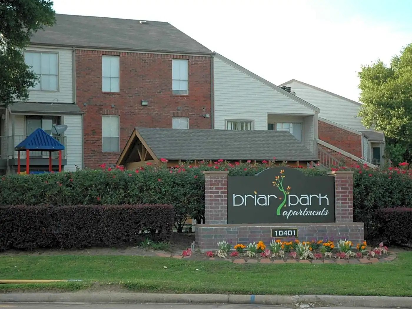 Apartments for Rent in Houston at Briar Park Apartments in Houston, Texas