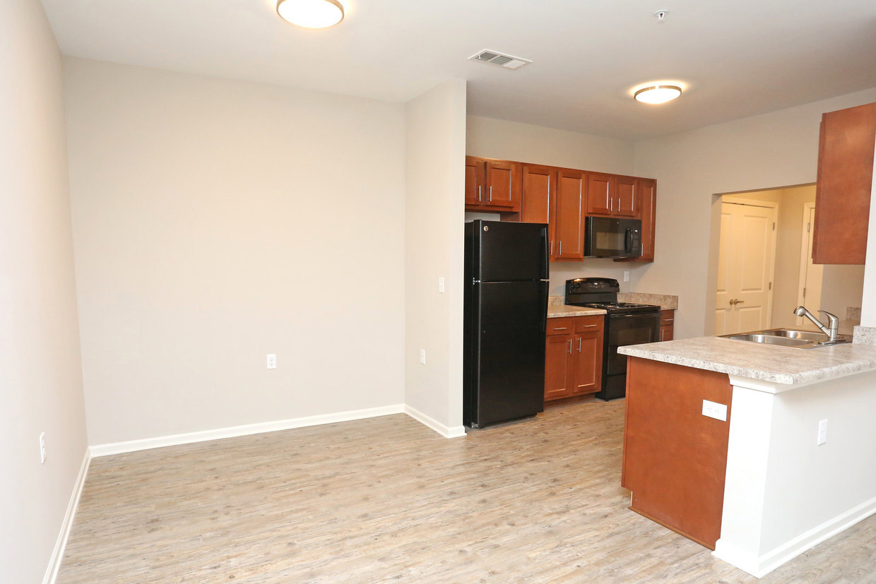 Separate Dining Area at Bristol Bluffs Apartments in Louisville, Kentucky