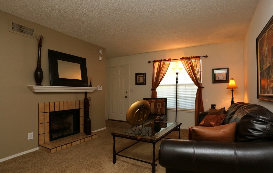 Living Room Interior at the Brittany Square Apartments in Tulsa, OK