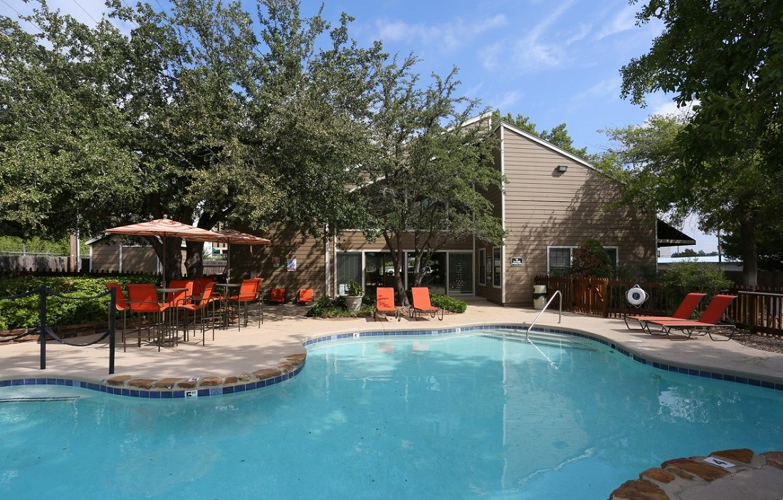 Resort-Style Pool at Brittany Square Apartments in Tulsa, OK