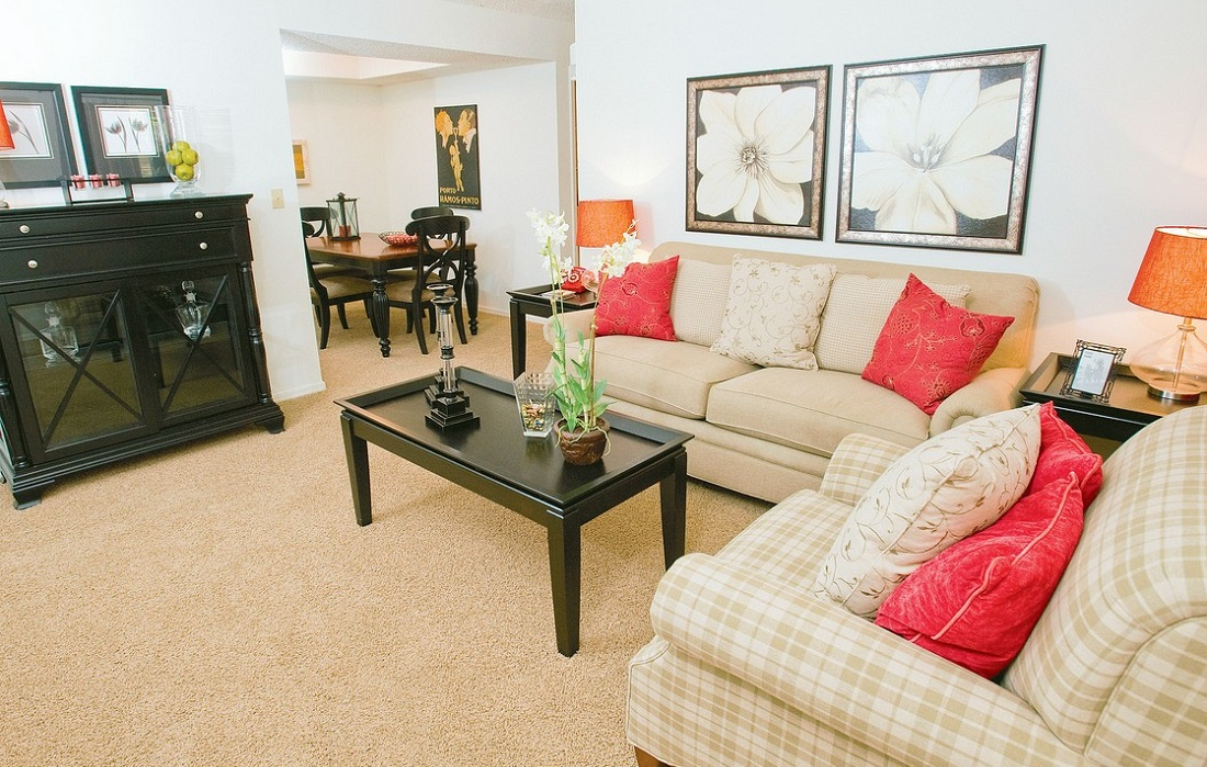 Living Room at Brittany Square Apartments in Tulsa, OK