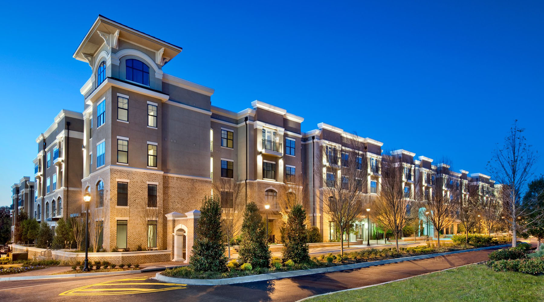 Apartments in brookhaven ga brookleigh flats luxury for Apartment flat designer homes