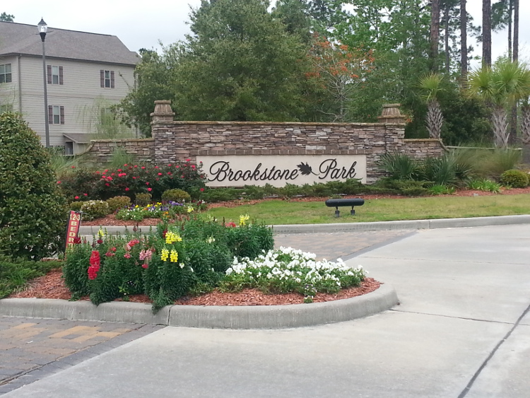 Pet-Friendly Apartments at Brookstone Park Apartments in Covington, LA