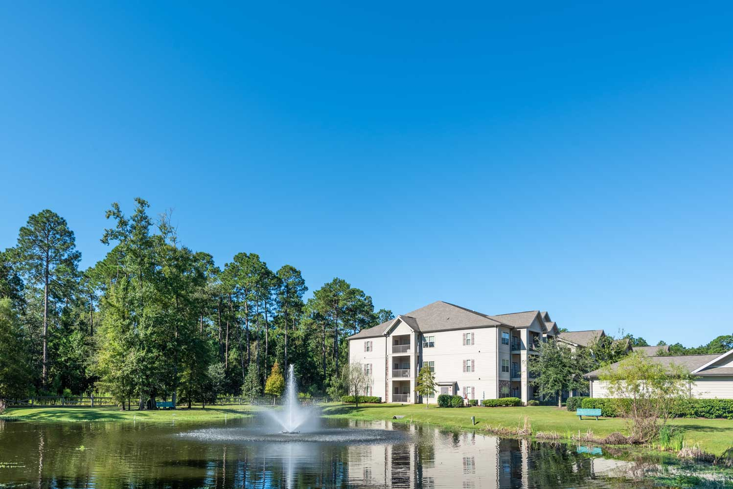 Riverside at Brookstone Park Apartments in Covington, LA